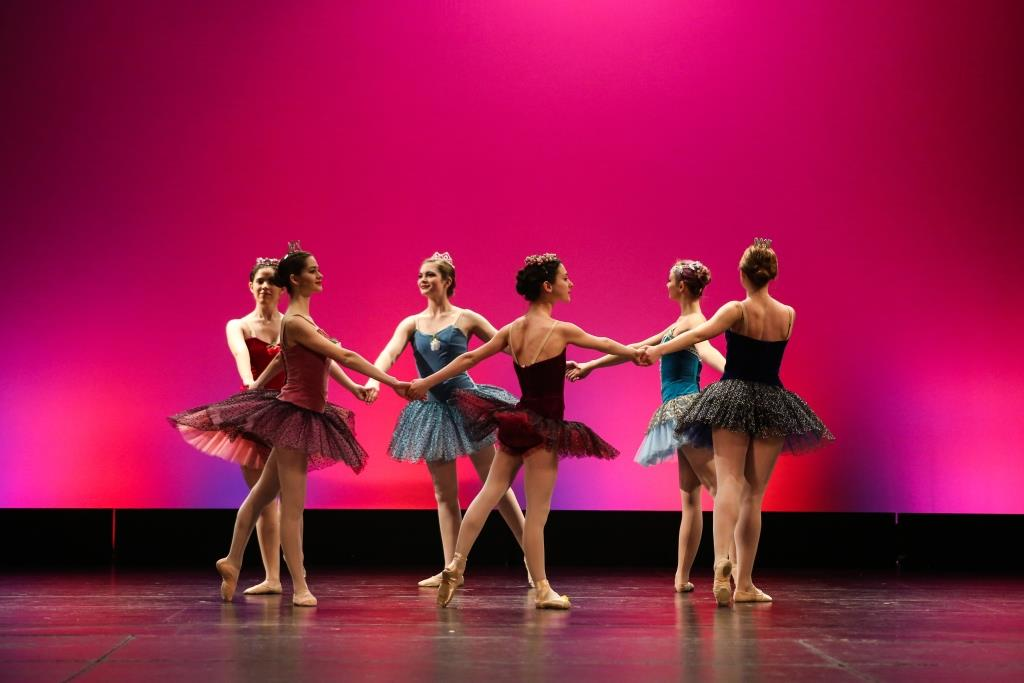 Ballet Performance Group dancers