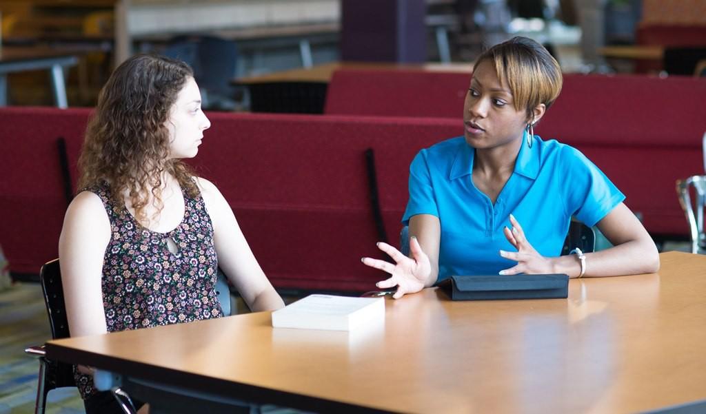 Rochester student in peer advising