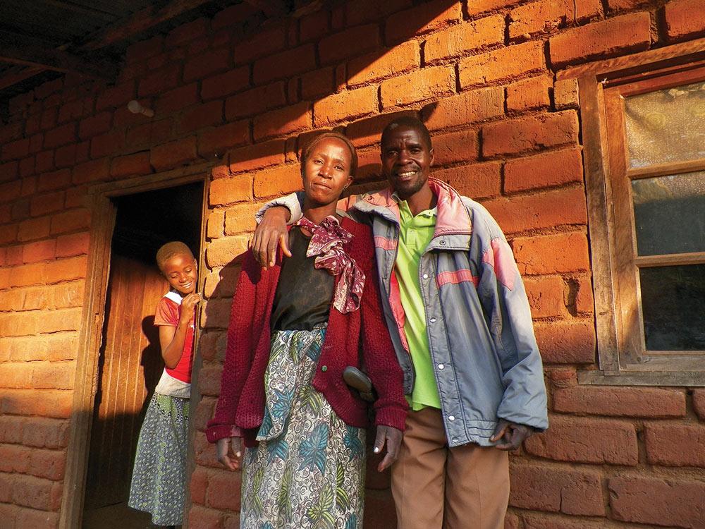 'A Beautiful Couple' by Hannah Greenwald '17, taken in Gowa, Malawi '15