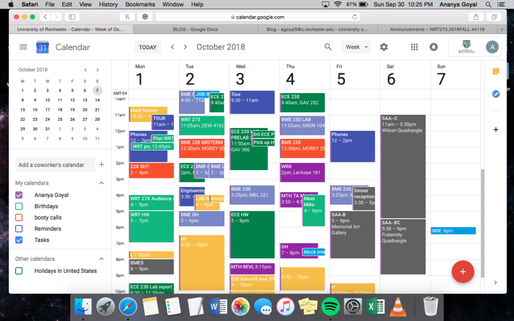 A busy electronic course schedule